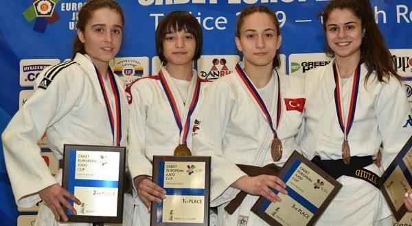 Dünyanın 1 numaralı judocusu Kağıtsporlu Merve