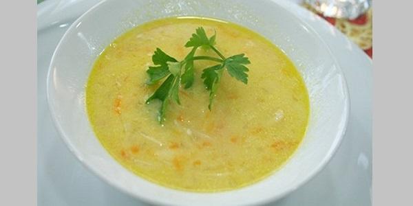 Et Suyu Çorbası lezzetli ve kolay nasıl yapılır tarifi