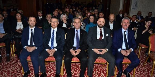 Photo of Gebze Gazeteciler Cemiyeti Ödül 2019'un onurunu yaşadı