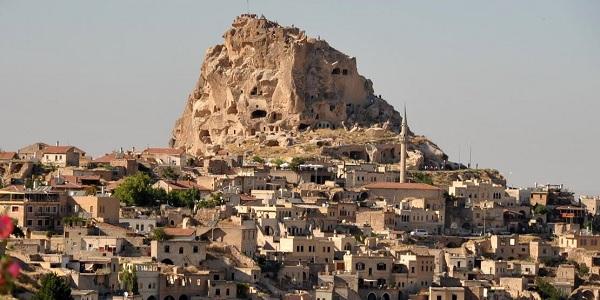 Uçhisar-Kapadokya Türkiye'de gezilecek yerler