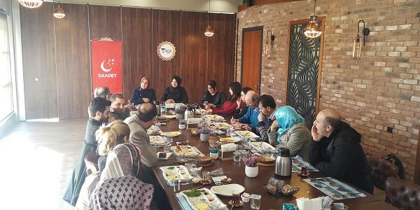 SP Kadın Kolları Genel Başkanı Kocaeli basınıyla buluştu