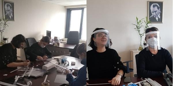 İzmit Belediyesinde siperlik ve maske üretim seferberliği