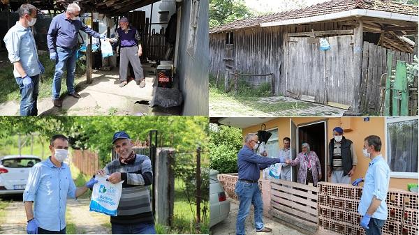Köy sakinlerine ücretsiz maske ve hijyen seti İzmit Belediyesinden
