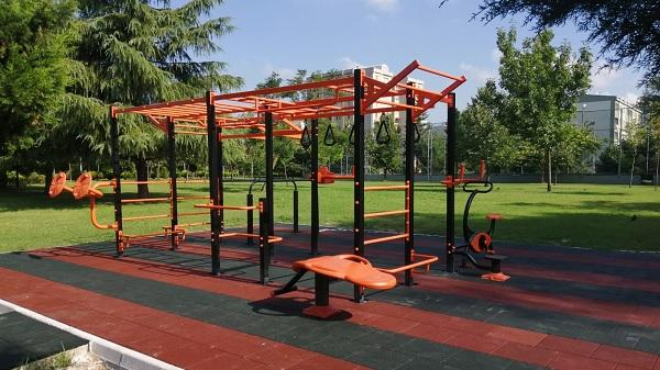 İlk workout spor istasyonu Yahya Kaptan'da kuruldu