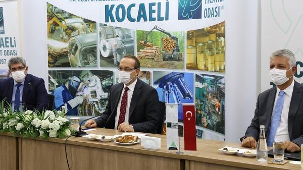 Photo of KOTO Başkanı Bulut Kocaeli Valisi Yavuz'u ağırladı