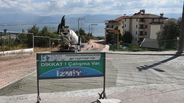 Photo of İzmit Belediyesi Yenimahalle ve Serdar'ı beton yolla bağlıyor