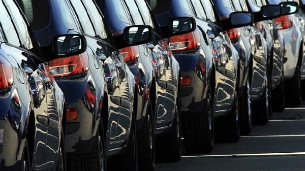 Photo of ÖTV zammıyla birlikte araba fiyatları uçuşa geçti