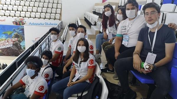 TEKNOFEST'te katılan öğrencilere Büyükşehir desteği