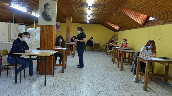 Photo of Büyükşehir Konservatuvarında yeni eğitim dönemi başladı
