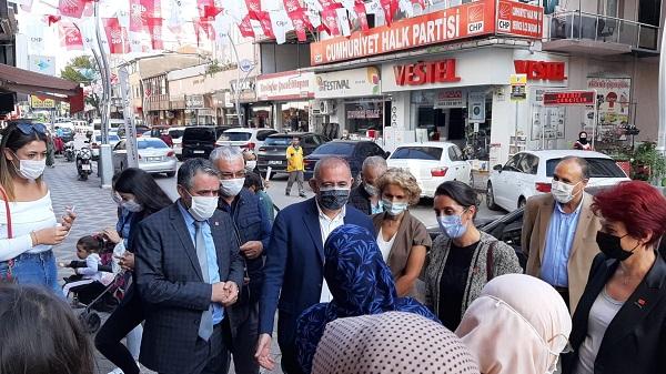 Photo of CHP'li Gürsel Tekin İzmit ve Derince'de Esnafları dinledi