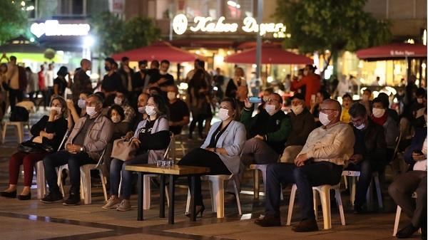 Photo of İZMEK El Emeği Pazarı İzmitlilerden büyük ilgi gördü