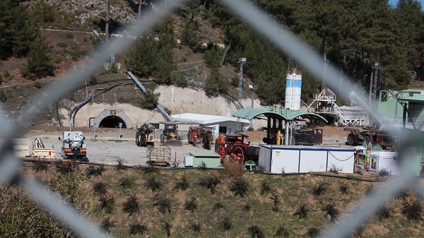 Photo of İzmir Efemçukuru Madeninde Bilirkişi Keşfi yapılacak