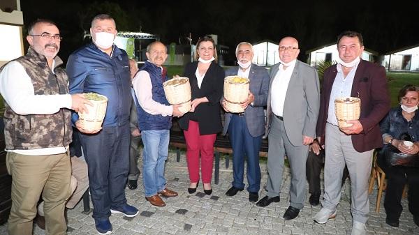 Photo of Ziraat Odası başkanlarını Başkan Hürriyet Sarısu'da ağırladı