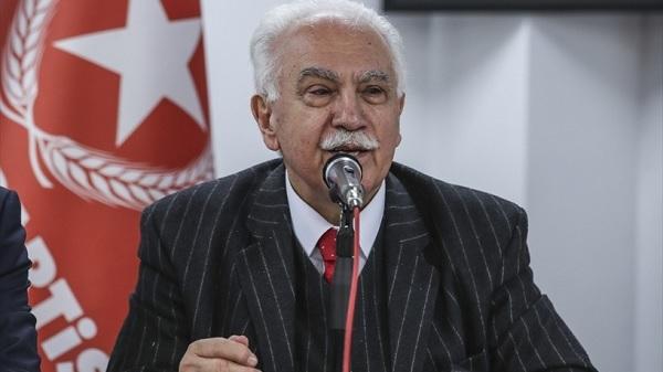 Akşener'in Türkiye'nin anayasa geleneğini öğrenmesi gerekiyor