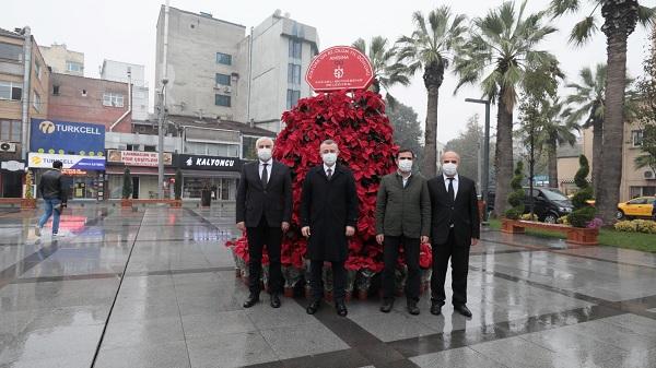 Photo of Atatürk çiçekli fotoğraf alanı Pişmaniyeciler meydanında