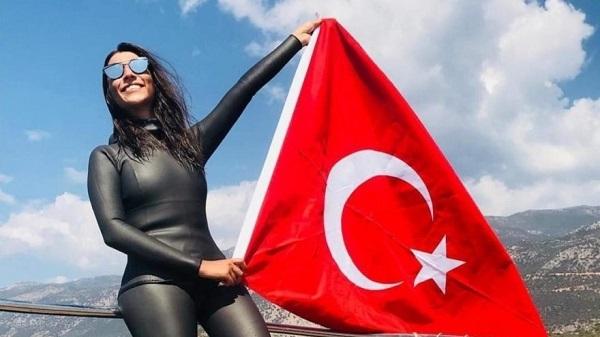 Photo of Fatma Uruk Meksika'da serbest dalış dünya rekoru kırdı