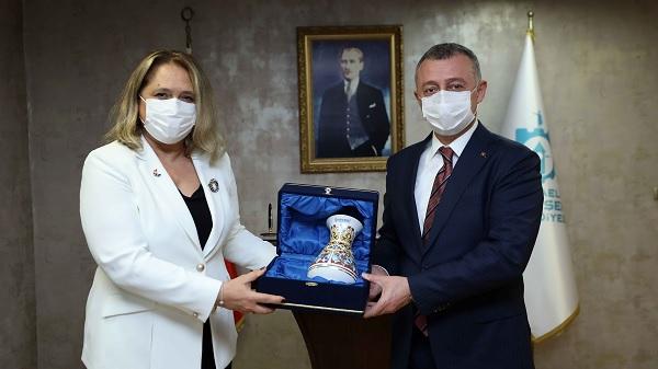 """Photo of Başkonsolos Suzan Novoberdaliu: """"Türkiye hep yanımızda oldu"""""""
