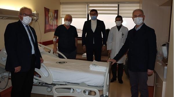 Photo of CHP Kocaeli Sefa Sirmen'i ziyaret etti