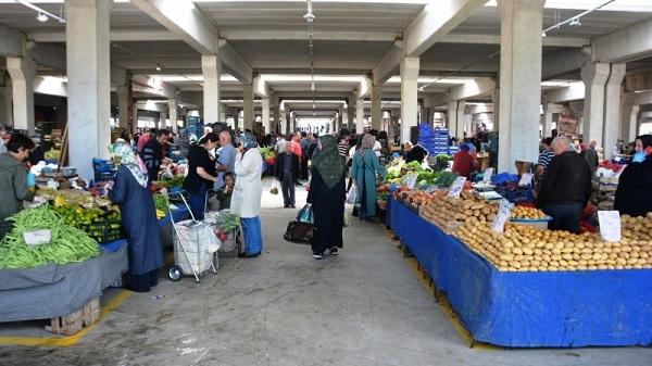 Photo of İzmit'te kurulan pazarların günü tedbirler kapsamında değişti