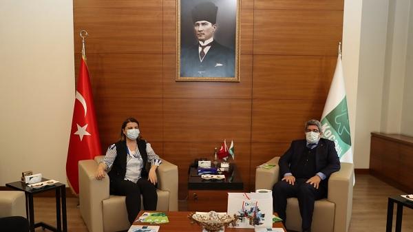 Photo of Başkan Hürriyet KOTO ile İzmit Çarşısı'nın detaylarını paylaştı