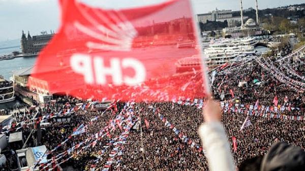 """Photo of CHP yeni sistem önerisinde """"sembolik cumhurbaşkanı"""" istiyor"""
