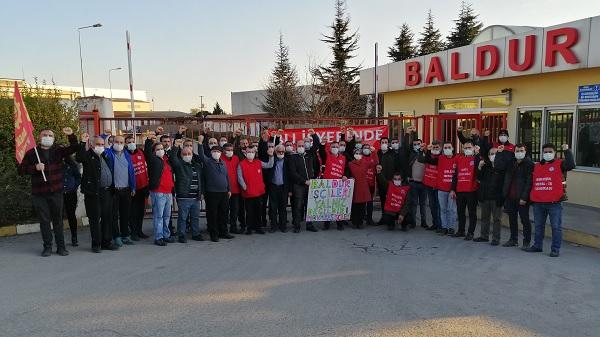 Emek Partisi yeni yılı Baldur işçileriyle birlikte karşıladı