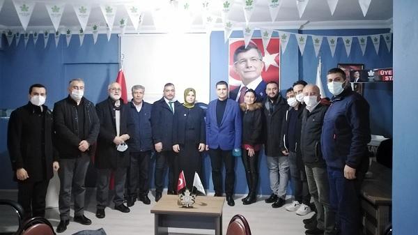 Photo of Gelecek Gölcük'e CHP'den Geçmiş olsun ziyareti