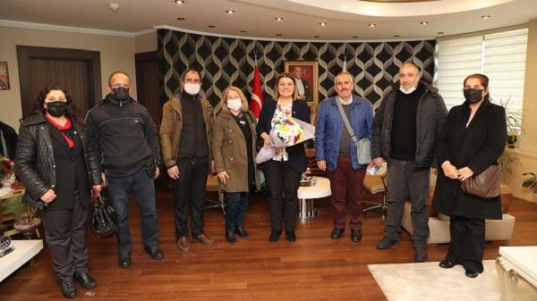 Gültepe Cemevi'nden İzmit Belediyesine teşekkür ziyareti