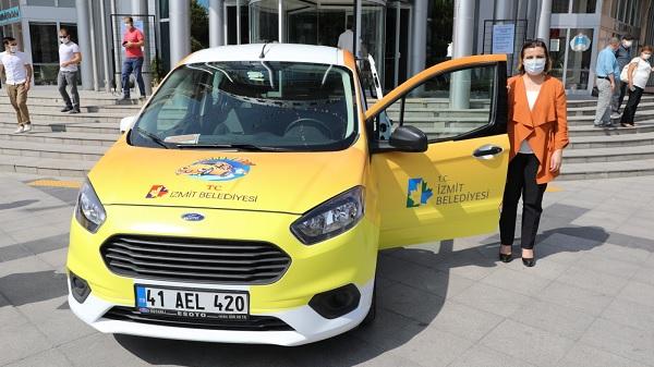 İzmit Belediyesinin Anne Taksi uygulaması