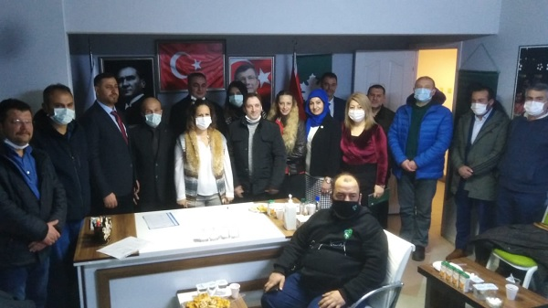 Photo of Gelecek Partisi Derince'den EYT mağdurlarına destek
