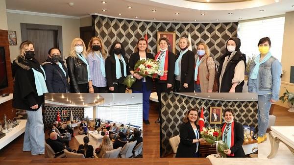 Photo of İYİ Parti'den Başkan Hürriyet'e Kadınlar Günü ziyareti
