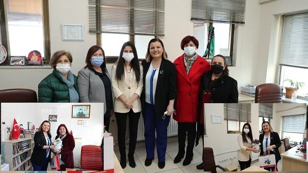 Photo of Başkan Hürriyet Kadınlar Günü'nde kadın muhtarları yalnız bırakmadı