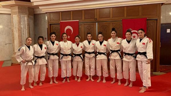 Photo of Kağıtspor Judocuları Milli takım kampı için Tunus'ta
