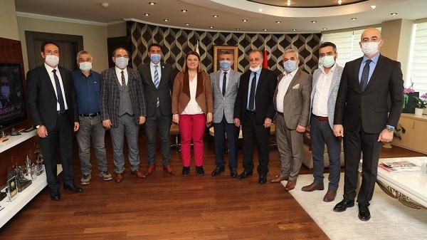 Kocaeli Anadolu İlleri Dernekleri Birliğinden Başkan Hürriyet'e ziyaret