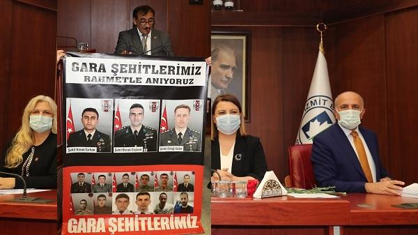 Photo of MHP grubu işçiler adına Başkan Hürriyet'e teşekkür etti