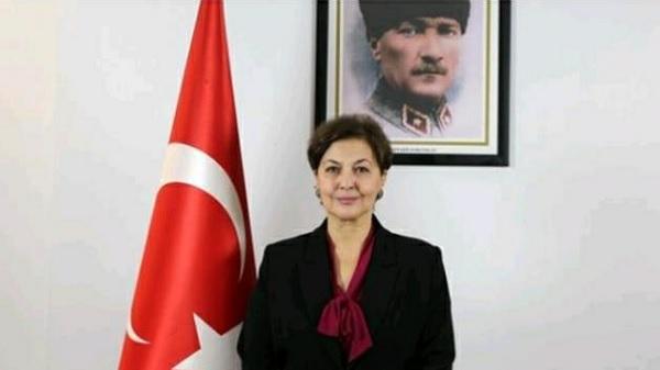 """Photo of Prof. Oygür: """"Kadın, Ülkesi Kadar Özgürdür"""""""