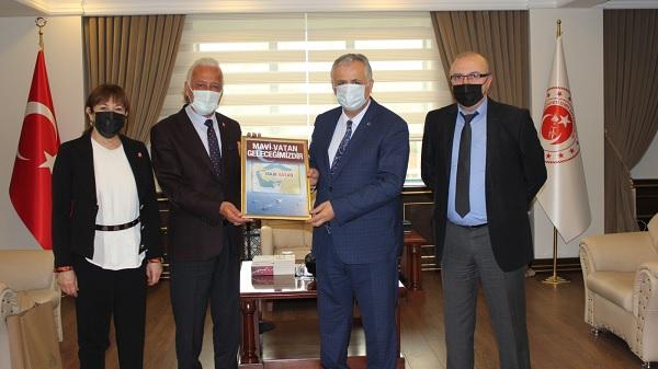 Vatan Partisinden İzmit Kaymakamı Cinbir'e Ziyaret