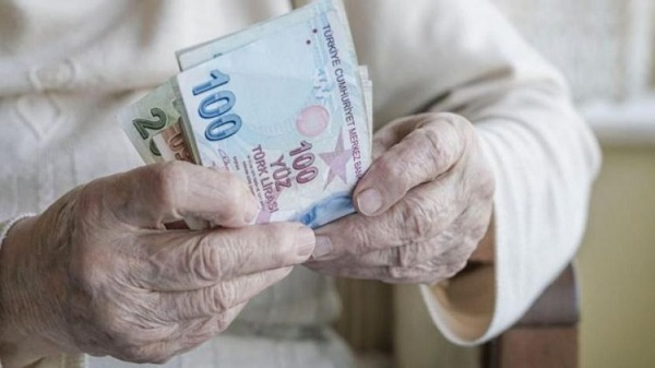 Emeklilerin bayram ikramiyesi nasıl eridi