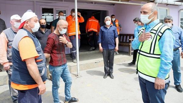İşçilerden Başkan Şener'e 1 Mayıs İkramiyesi teşekkürü