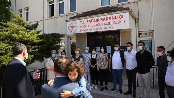 Kocaman'dan Sağlık Çalışanlarına Bayram Ziyareti