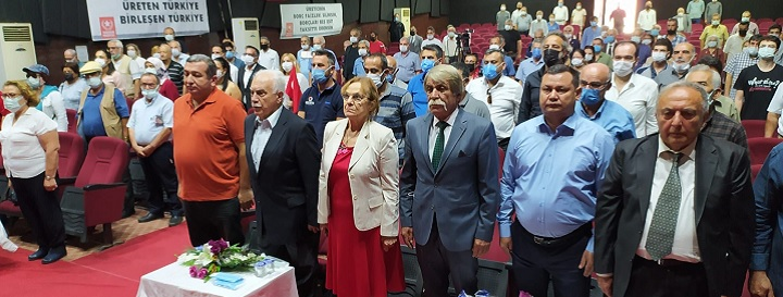 Kozan Üretim Devrimi Kurultayı katılımcıları