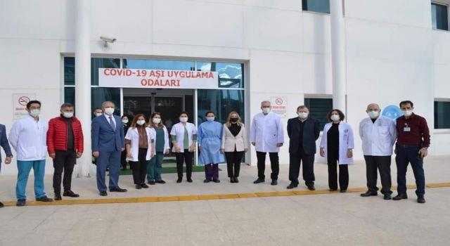 Photo of Muğla'da 10 bin sağlık çalışanı aşılandı