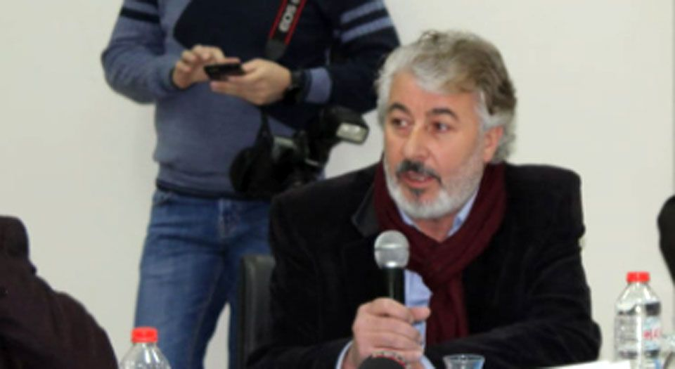 Photo of İnternet Yasası'nın çıkması için CHP'den destek istedi