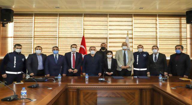 Photo of ARÜ Tez-Koop-İş sendikası ile sözleşme imzaladı