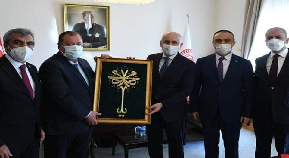 Photo of Kilis protokolünden Bakan Karaismailoğlu'na ziyaret