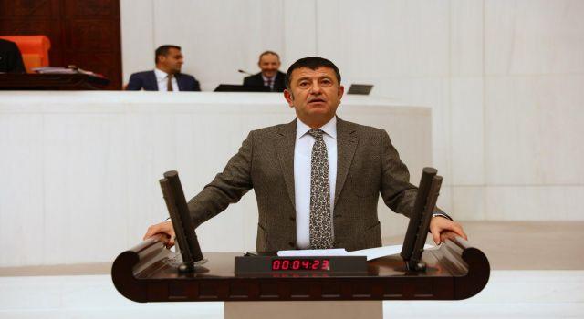 Photo of Veli Ağbaba'dan çevreyolu eleştirisi: Bitir(me)me Ödeneği