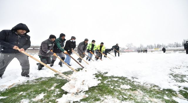 Photo of Erteleme maçına kar ertelemesi